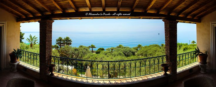 "https://flic.kr/p/HYMBhf | «Greta Garbo's sea view» | «Greta Garbo's sea view» «La vista sul mare di Greta Garbo»  Exclusive panoramic view of Ionian Sea from the upper terrace of ""Casa Hauser"", sicilian residence of Greta Garbo, one of ""Hollywood's greatest stars""  Esclusiva panoramica sul Mar Ioni dalla terrazza superiore di ""Casa Hauser"" residenza siciliana di Greta Garbi, una delle più grande ""stelle di Hollywood""  Silemi di Letojanni, Sicily  phot..."