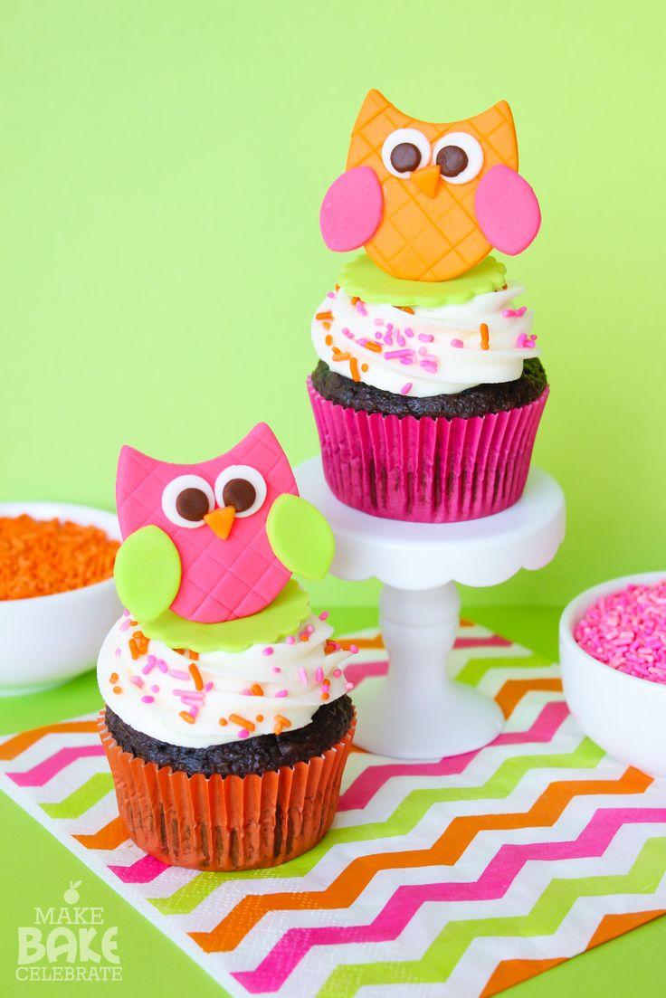 Super easy fondant cupcake topper tutorial + Cupcake cutie cutters giveaway!