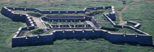 The Prince of Wales Fort, Hudson Bay ,The Churchill, Manitoba http://vinitaamrit.hubpages.com/hub/Some-Best-Ways-Explore-Churchill-in-Manitoba