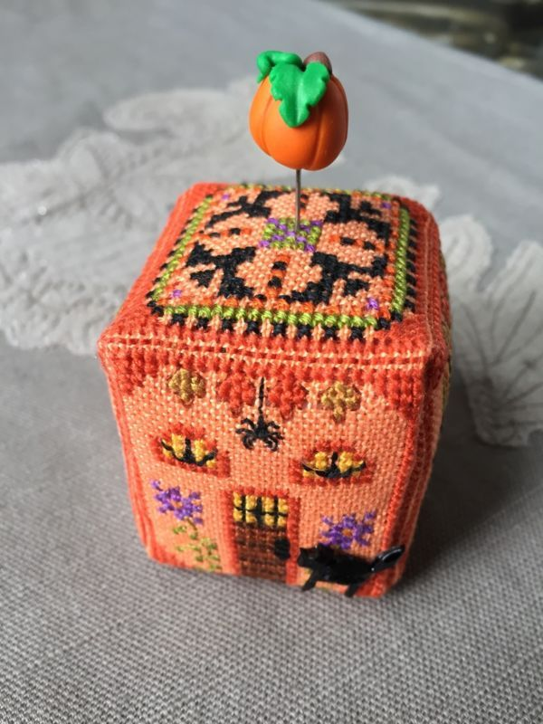 Just Nan Finished Completed Cross Stitch Witchy Pumpkin Cottage
