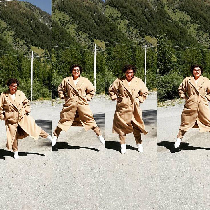 Jump with iconic coat 10801 Max Mara
