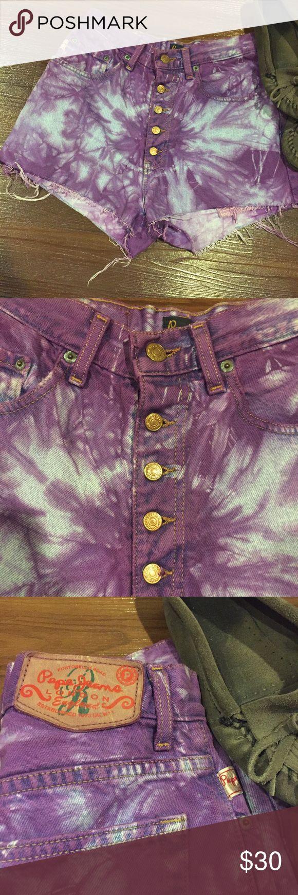 Pepe Jeans Festival High Waisted Acid Wash Shorts Pepe Jeans London High Waisted Purple Acid Wash Shorts • Moccasins not included. Pepe Jeans Shorts Jean Shorts