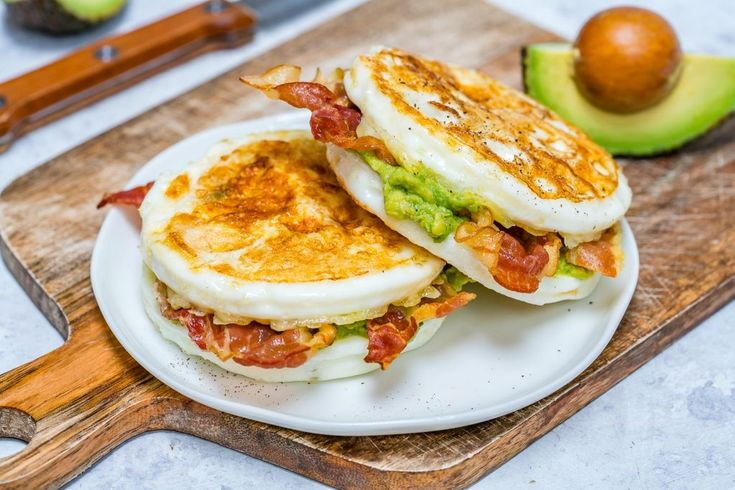 eating breakfast for success essay Healthy eating has been linked to higher grades,  research on healthy eating habits & student learning  eating a breakfast with foods low on the glycemic index.
