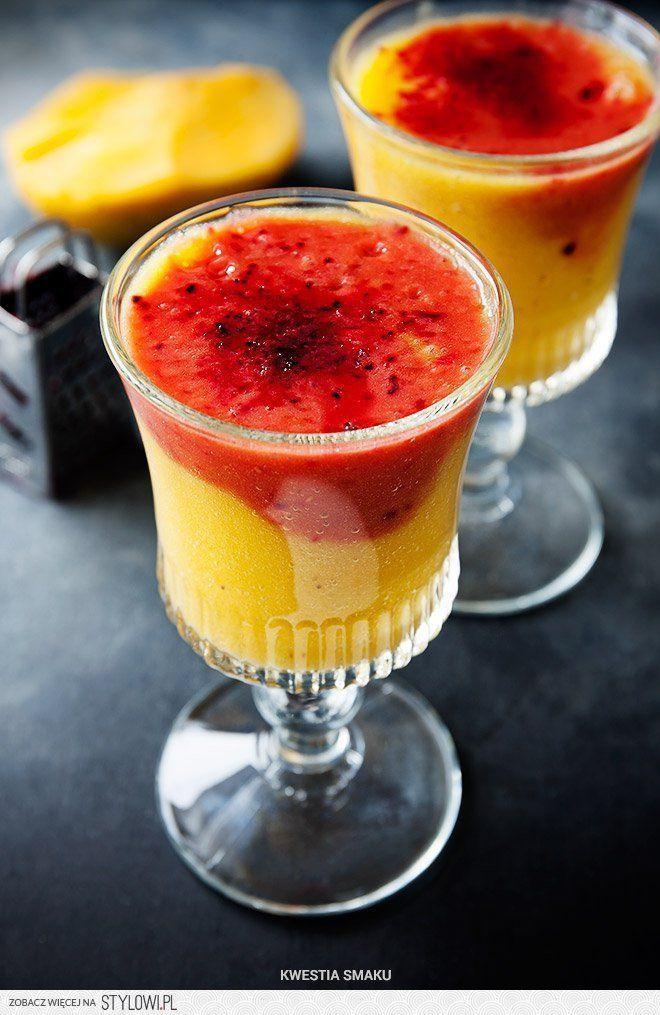 Dwukolorowe smoothie z mango, banana i pomarańczy | Kwe… na Stylowi.pl