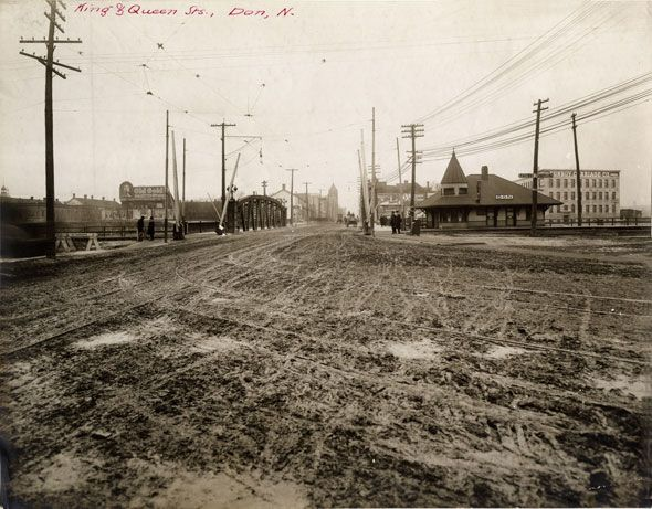 toronto 1900sLooking west along Queen St. over the Don River bridge. Don station, pictured on the right, is now located in Roundhouse Park south of the CN Tower.