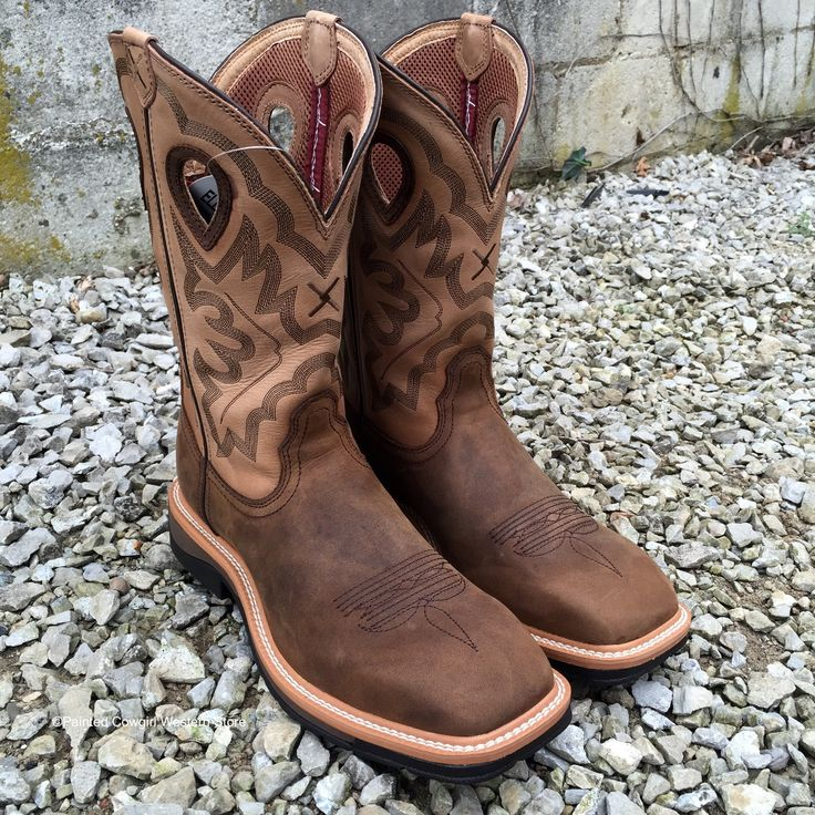 These new Twisted X heavy duty lightweight cowboy work boots are for the guy that wants a heavy duty cowboy work boot, comfort, safety and style! It features a wide square toe, light weight, as well a