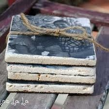 DIY photo coasters - looks like something I might have to make for Christmas.