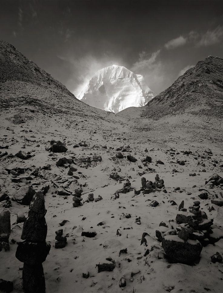 神々しいチベット カイラス山