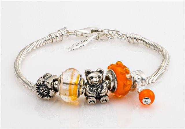 Amore & Baci orange bracelet