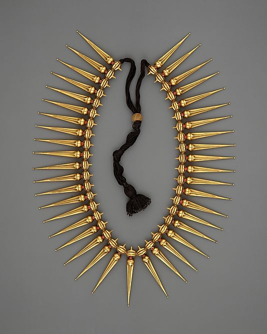 India (Tamil Nadu and Kerala) | Jasmine-Bud Necklace (Malligai Arumbu Malai) | 19th century | Gold with rubies stung on black thread.