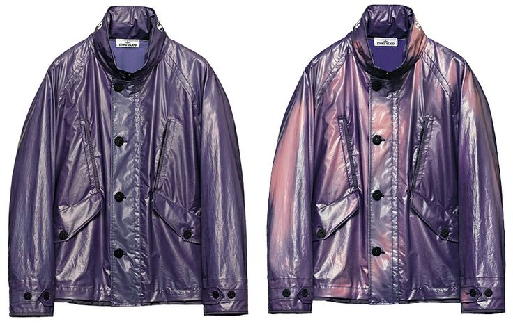 430XF STONE ISLAND MARINA_HEAT REACTIVE_THERMO-SENSITIVE MATERIAL_GLOW-IN-THE-DARK PRINT Jacket in lightweight fine cotton canvas that changes colour according to the temperature. The molecules of the coloured micro encapsulated pigments in the fabric change colour gradually as the temperature rises, changing the shade of the garment. Two pockets with diagonal flap and button fastening.