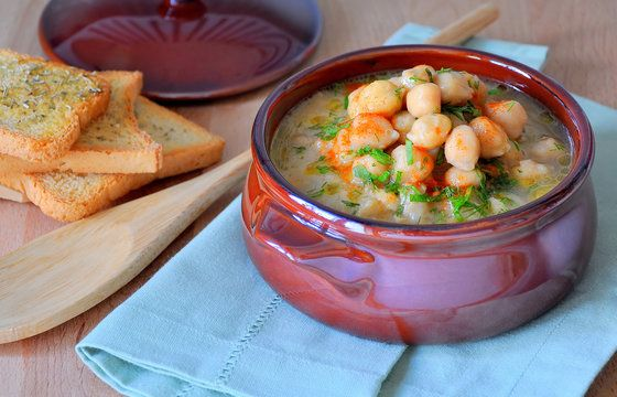 Moroccan chickpea and spinach soup