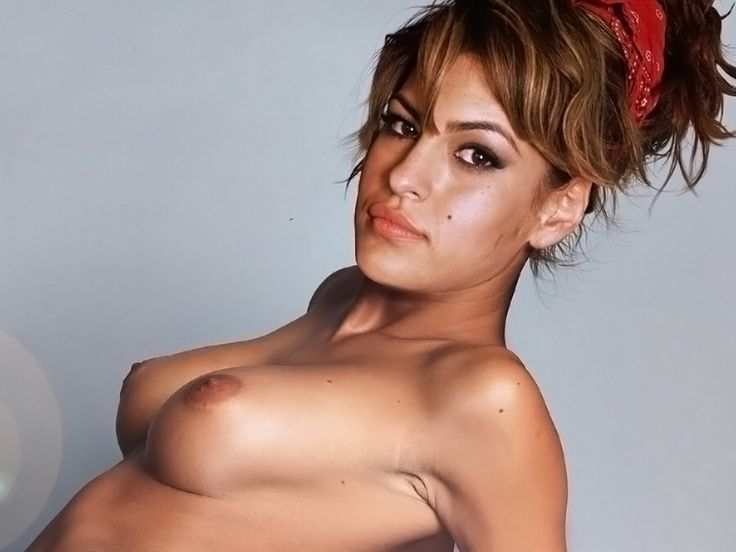 Eva mendes sexy boobs