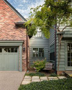 Best 25+ Brick house exteriors ideas on Pinterest | Brick house ...