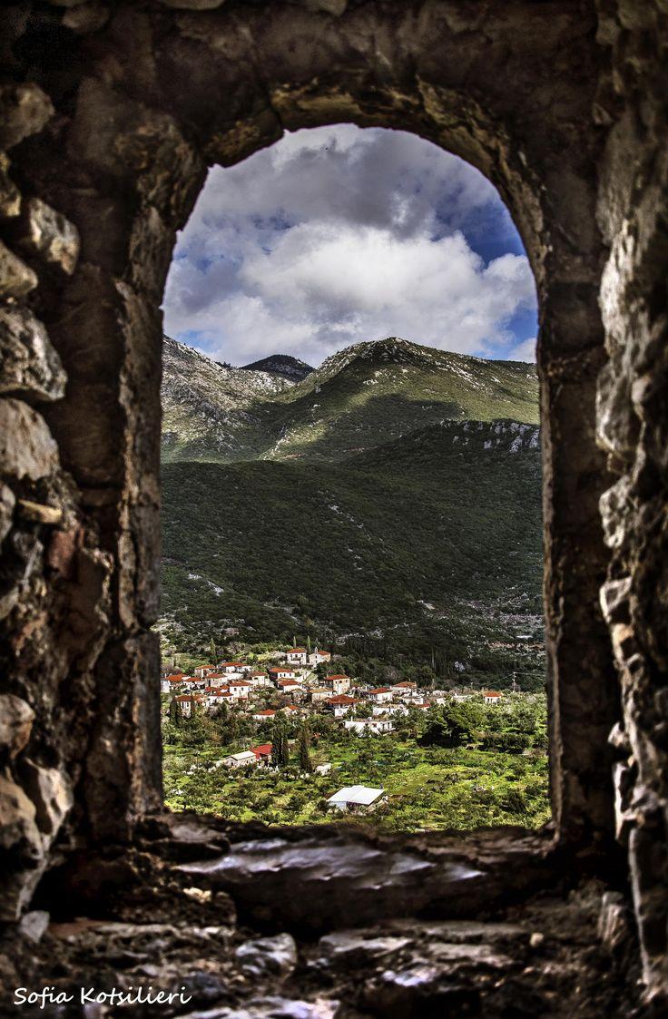 Haraugi a small village in Greece by Sofia  Kotsilieri / 500px