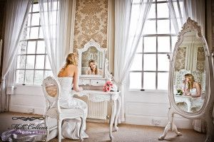 Fotos con Espejos #Boda, #IdeasOriginales, #Fotos, #Fotografía  http://www.lacasadelosvestidos.com/?p=2261