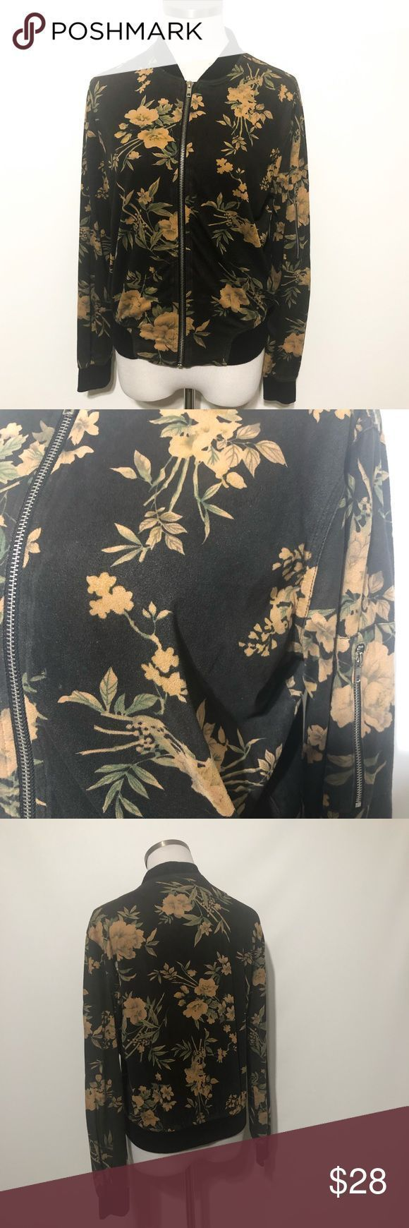 """Windsor Floral Zip Up Jacket Zip up.  Bust approximately 21"""" Length approximat…"""