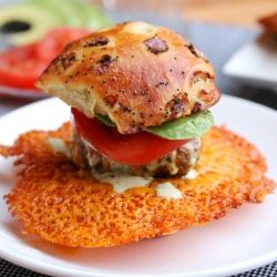 Crispy Cheese Burger Sliders - love the crispy cheese!