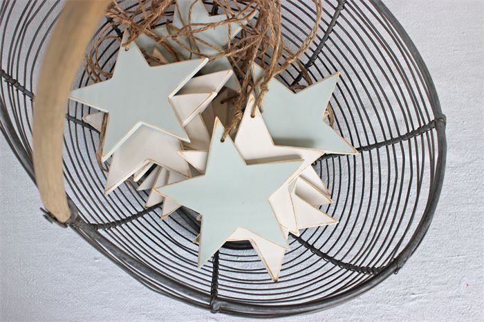 My wooden stars in misty blue or antique white distressed - beautiful not only at Christmas.