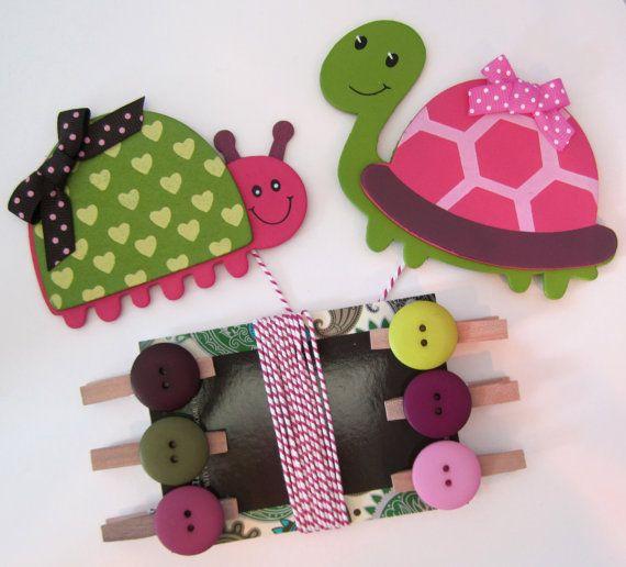 Children's Artwork Display Hanger, Turtle and Ladybug in Pink and Green, Kids Wall Art, Art Hangers, Wall Decor, Art Organizer