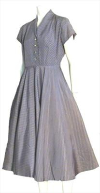 Gray #vintage 1950s taffeta dress with small black and gray squares in the print.50 S Dresses, Vintage Taffeta, Vintage 1950S, 1950S Authentic, 1950S Rockabilly, Taffeta Dresses, 50S Dresses, Grey Dresses, 1950S Taffeta