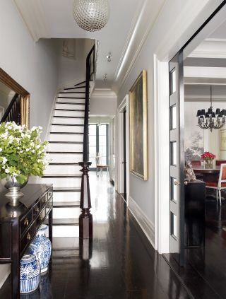 TRADITIONAL ENTRANCE HALL BY DAVID FLINT WOOD The foyer of Brooke Shields's Manhattan townhouse is furnished with an 1860s Chinese desk. via Architectural Digest