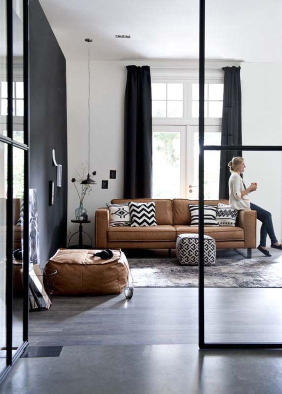 Pinterest : un canapé en cuir pour un salon bohème !