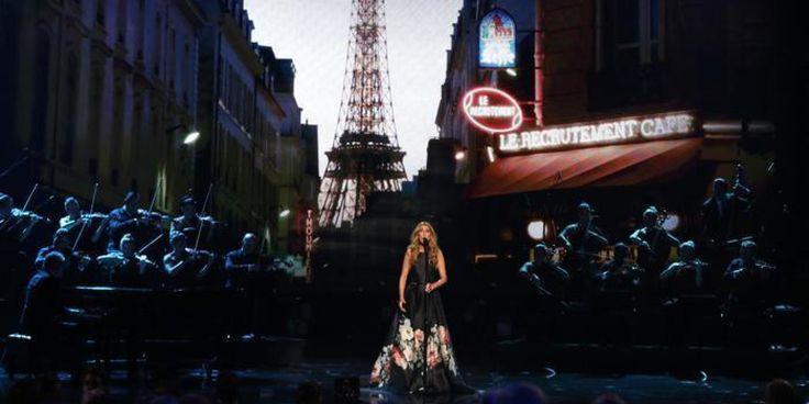 """VIDEO Celine Dion canta """"L'inno all'amore"""" di Edith Piaf per le vittime di Parigi"""