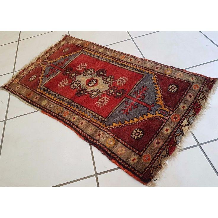 Traditional Pattern Designer Carpet Narrow Small Door Mats Cheap Rug 19''x34'' #kilimpillow #decorativepillow #throwpillow #designerpillow #turkishpillow #homedecor #bohopillow #pillowsham #pillowcase #kilimrug #bohodecor #persianrug #turkishrug #arearug #vintagepillowsstore #tribalpillow #kilimcushion #etsy #ebay #homedecoration #vintage #turkishkilimcarpet #grandbazaar #bohochic #largepillows #interiorstyling #bohohome #whosalekilim #whosaleoushak