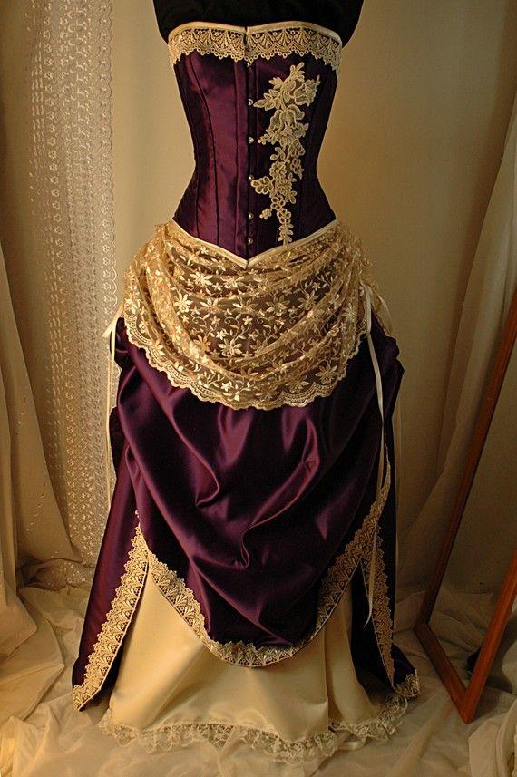 Julieta Cadbury púrpura Vestido de novia con por BoundByObsession