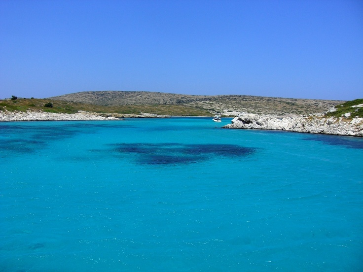 Lipsos, another splendid semi-deserted island, just south of Arki, near Patmos and Leros