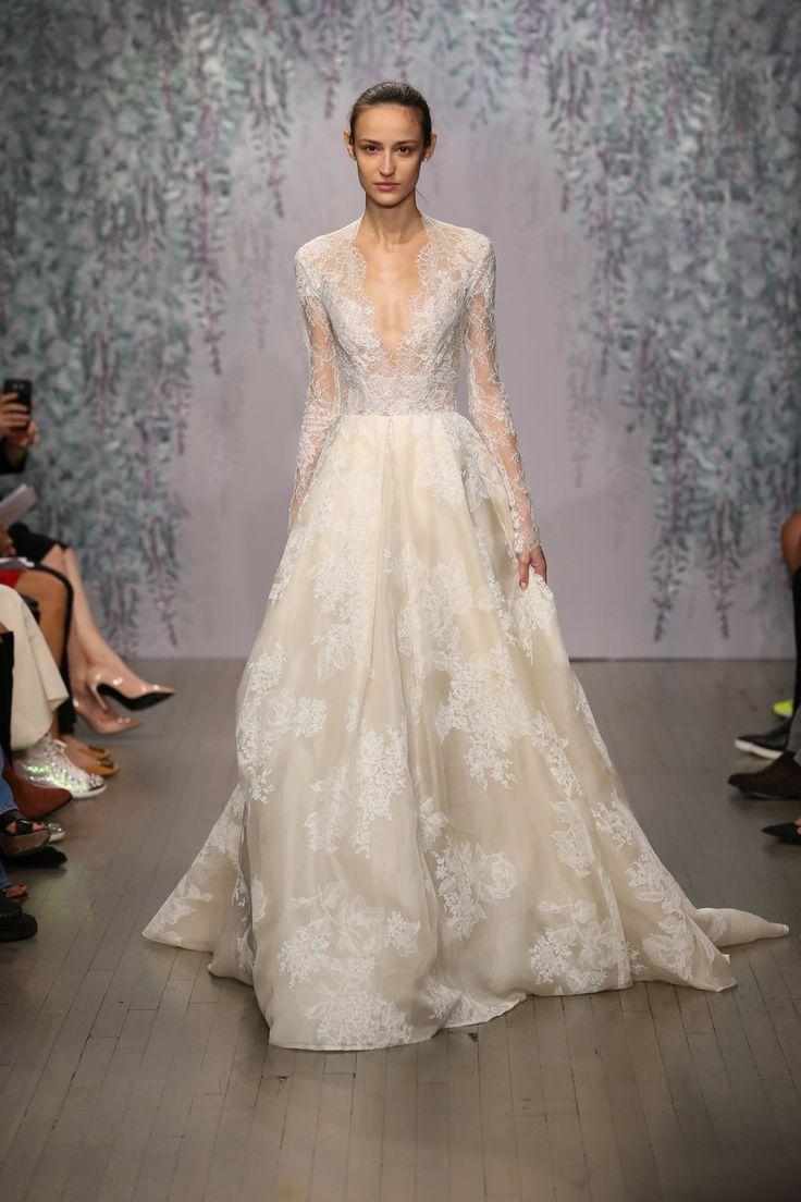 Monique Lhuillier Bridal Fall 2016 Fashion Show - Monique Lhuillier Fall 2016, October 2015, New York