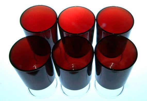 Ooh la la. Set of six 1970s French Luminarc ruby red by RAVERETRO