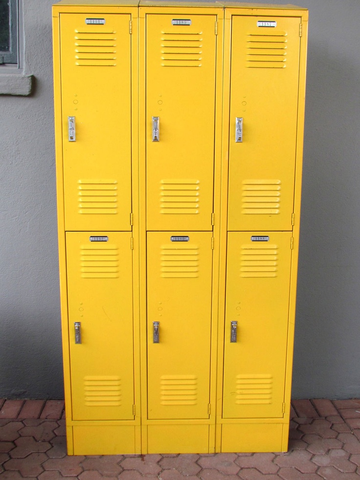I NEED YELLOW LOCKERS! do you hear me? Back to School-icious