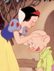 SNOW WHITE AND THE SEVEN DWARFS: 25 things you may not have known about the Disney MOVIE classic. Whistle while you read!   #snowwhite #disney