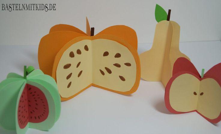 Egal ob ihr eine Birne, Apfel, Melone oder Kürbis basteln wollt. Mit dieser Technik geht es schnell und einfach und ihr habt tolles 3D Obst als Herbstdeko. Basteln mit Kindern.