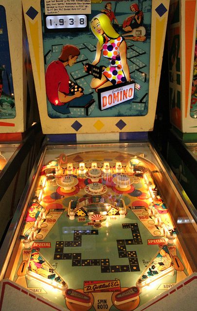 All sizes | Domino Pinball Game - A Beautiful Table Layout On This One From 1968 | Flickr - Photo Sharing!