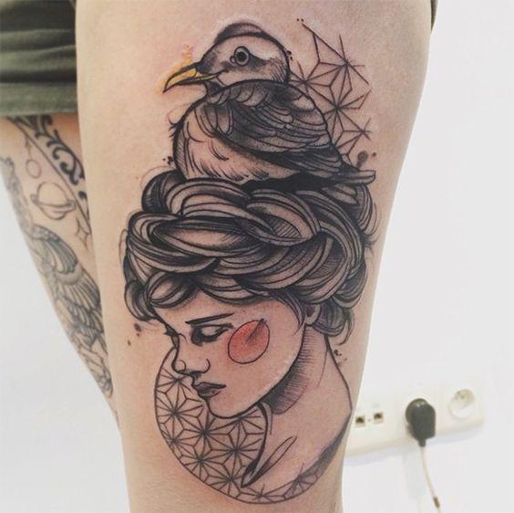 #tattoofriday - Os belos retratos de mulheres esboçados na pele por Anki Michler (Alemanha);: