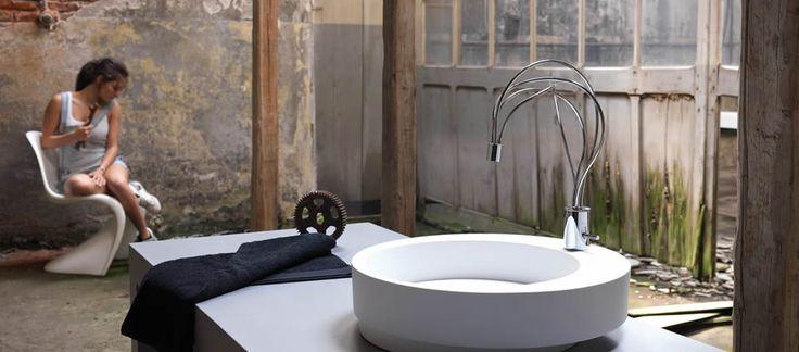 #Morpho è una linea di #rubinetti per il #bagno dal #design particolare ed assolutamente contemporaneo. www.gasparinionline.it