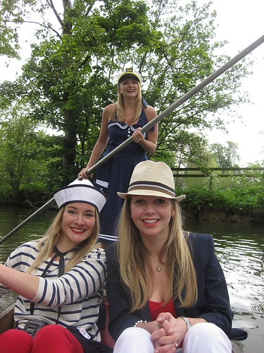 More hen party punting!