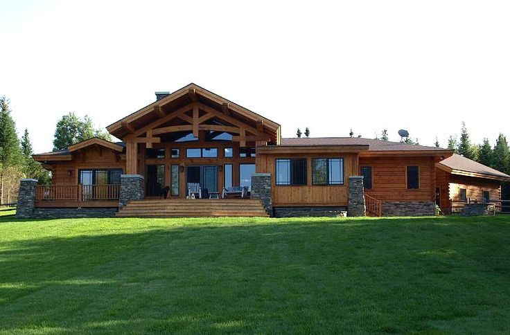 Exterior log and timber hybrid home in the craftsman for Craftsman log home plans
