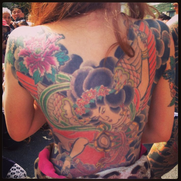 90 best yakuza tattoo images on pinterest japan tattoo for Body tattoos for females
