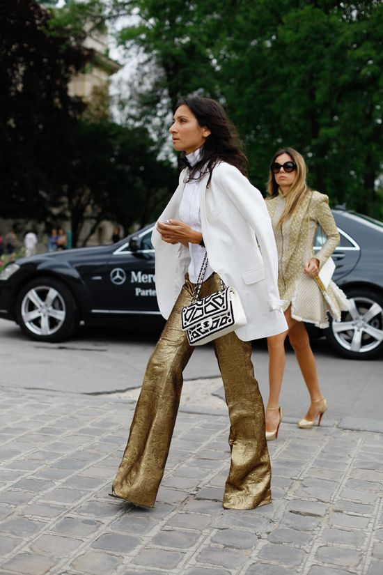 ALL THE PRETTY BIRDS: Golden Age: Liz Cabral and Erica Pelosini's Brocade Moment - Those gold pants!