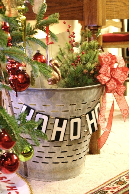 55 best images about olive buckets on pinterest olives for Christmas tin pails