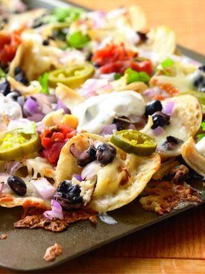 Healthy Chicken and black bean nachos!