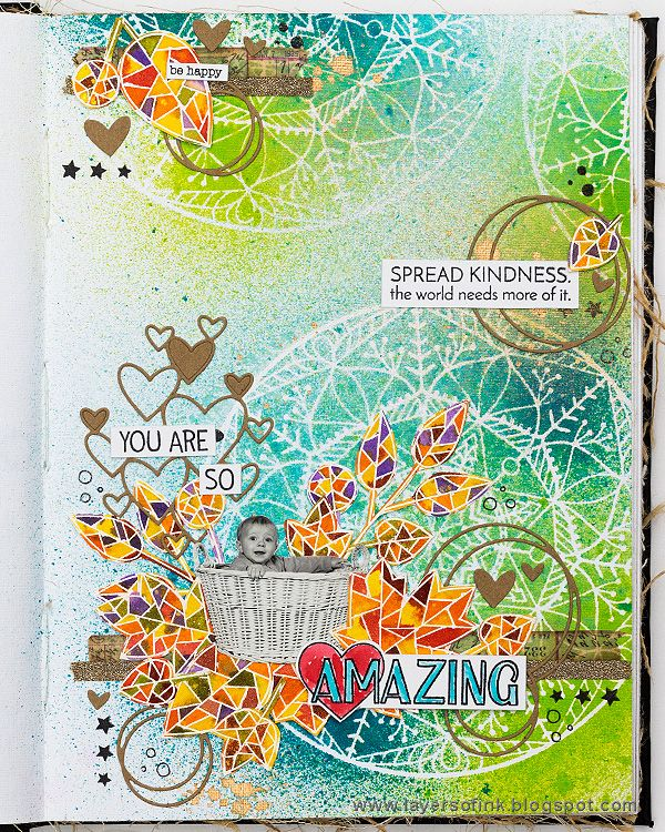 Layers of ink - STAMPtember journal page tutorial by Anna-Karin. Made in Dina Wakley's Media Journal with Simon Says Stamp exclusive stamps, stencils and dies, as well as Ranger inks and mists.