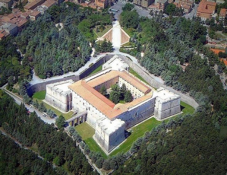 Forte Spagnolo nel L'Aquila, Abruzzo