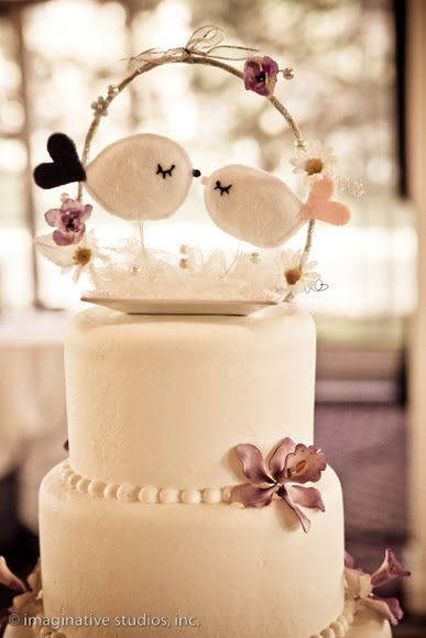 #SGWeddingGuide : Motto is to always make everything personal. Add some romance to your wedding cake with this love birds cake toppers.