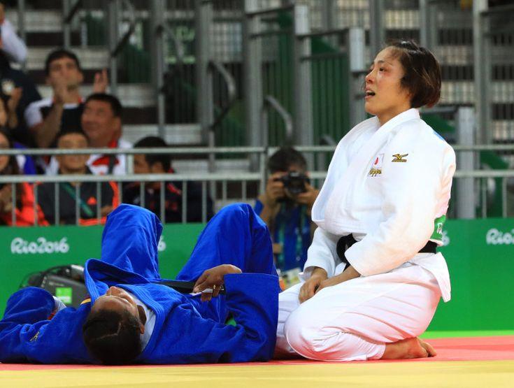 五輪柔道:女子70キロ 田知本が日本女子初の金メダル - 毎日新聞