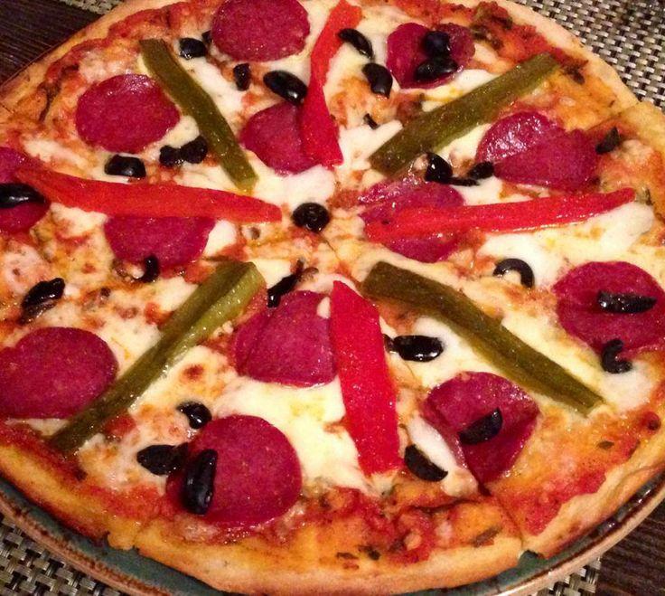 #Pizzas elaboradas con los mejores ingredientes!